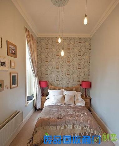 欧式风格的粉色调小卧室