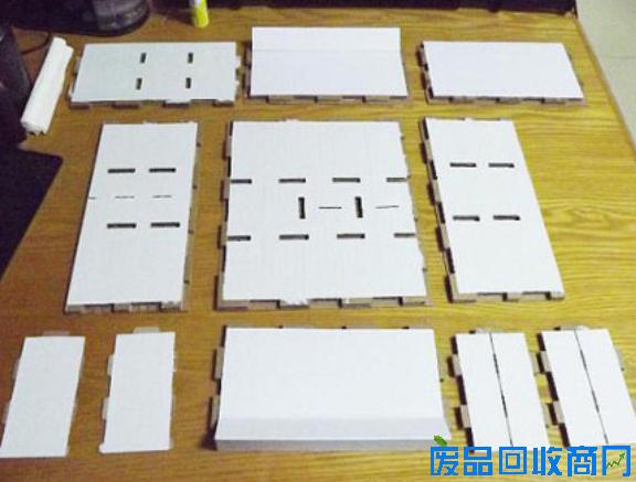利用纸壳diy制作家具收纳物品柜